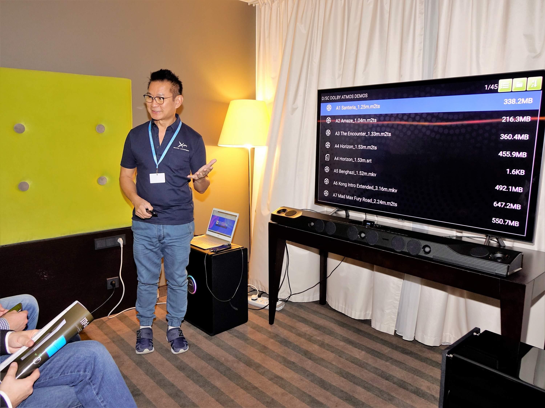 Brand Manager Creative Technology Paul Seow na targach Audio Video Show 2018