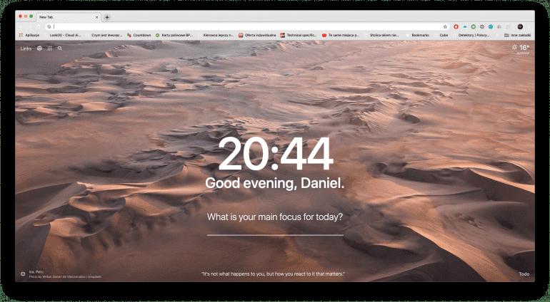 Ekran startowy Google Chrome z rozszerzeniem Momentum na macOS