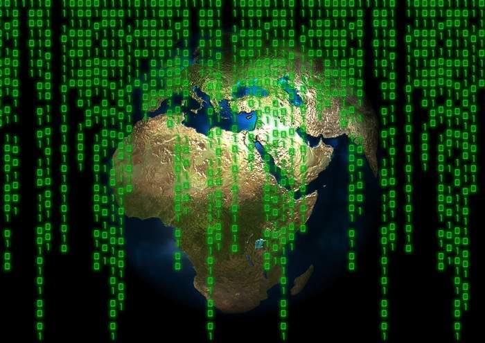 """Deficyty kadrowe """"sabotują"""" firmowe cyberbezpieczeństwo - z odsieczą idzie SI"""