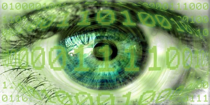 Błąd oprogramowania przyczyną nieprawidłowości w działaniu bransoletek dozoru elektronicznego