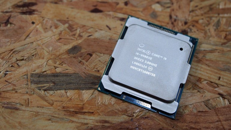 Intel Core i9 9980XE na granicy absurdu - Piekielna Maszyna 2019