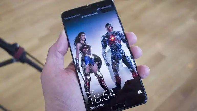 Huawei znacznie zwalnia z produkcją smartfonów - aktualizacja i oświadczenie Huawei