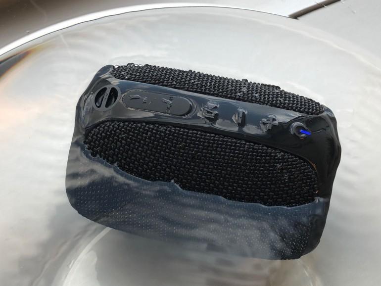 Creative Muvo Play - test taniego wodoodpornego głośnika Bluetooth