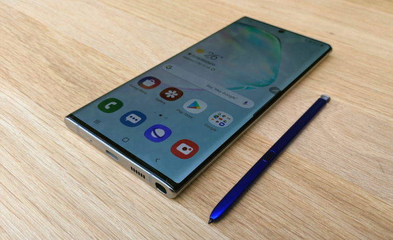 Samsung Galaxy Note 10 vs Apple iPhone Xs Max - starcie dwóch flagowców z iOS i Android