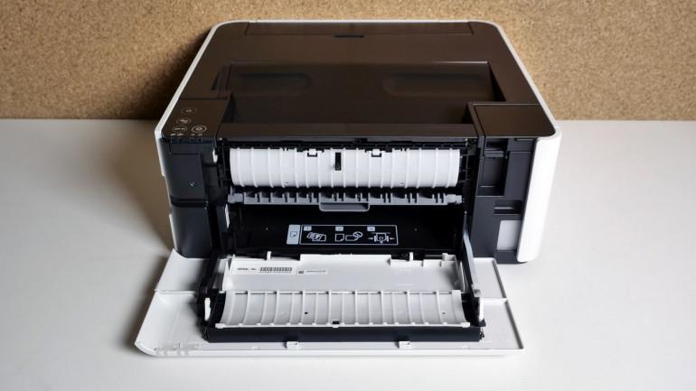 Epson EcoTank M1170 kontra HP LaserJet M15a – różne podejście do druku mono