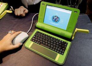 Tani laptop OLPC (źródło: Reuters)