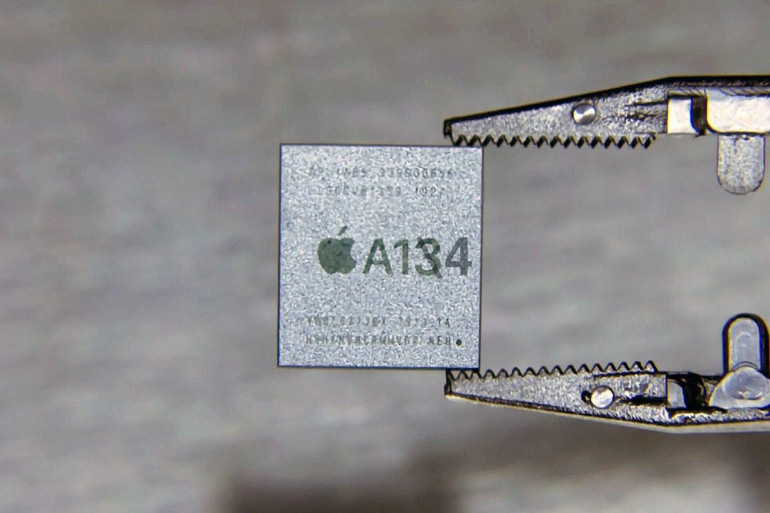Nowy 5 nm procesor Apple A14 może zawstydzić swoją wydajnością 15 calowego MacBook'a Pro