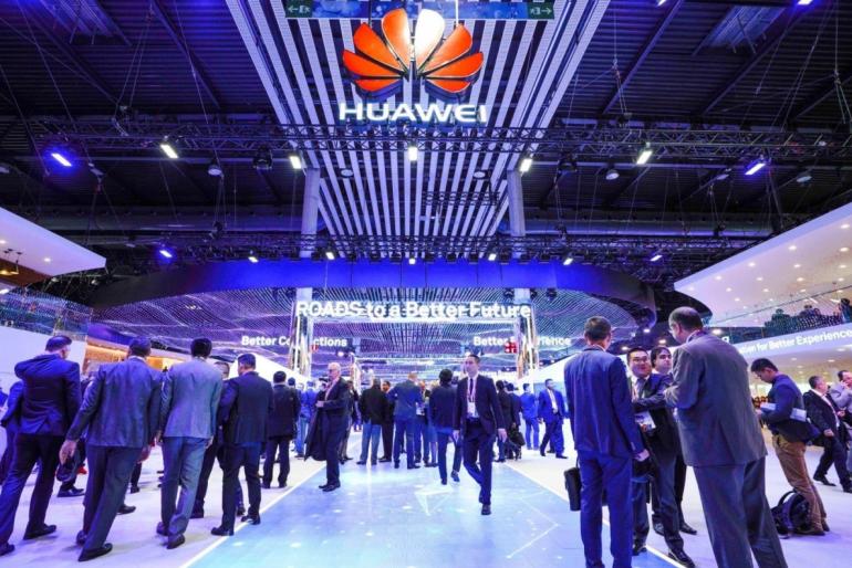 Rząd UK pozwala Huawei na budowę swojej sieci 5G