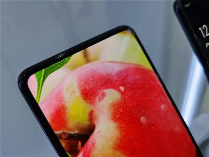 CEO Redmi szczerze o aparatach pod ekranem
