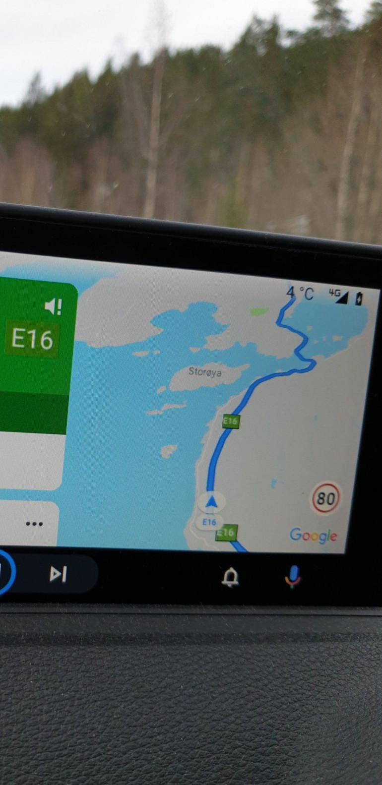 Android Auto w końcu z informacjami o ograniczeniach prędkości!
