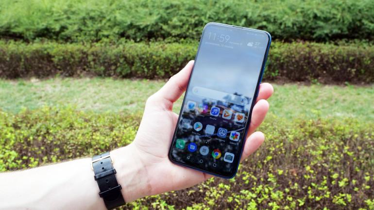 Google odradza użytkownikom smartfonów Huawei instalowanie usług Google na własną rękę
