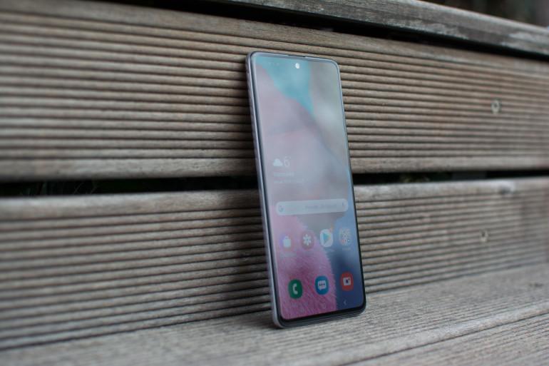 Samsung Galaxy A51 5G z procesorem Exynos 980 i 64 MP aparatem przyłapany w TENAA