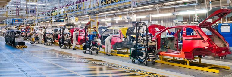 Fiat Chrysler Automobiles zamiast samochodów wyprodukuje maski