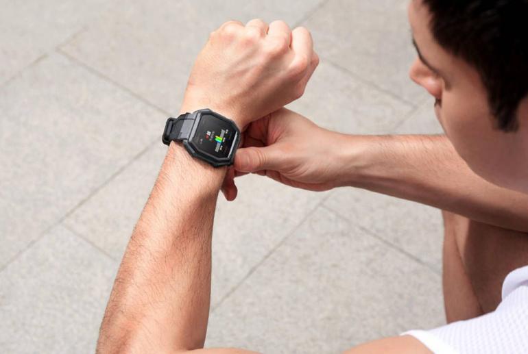 Amazfit Ares - zaprezentowano smartwatch dla najbardziej aktywnych osób