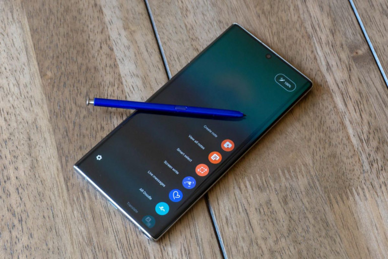 Samsung Galaxy Note 10 z ryskiem S-Pen