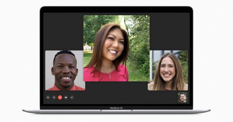 MacBook z uruchomioną aplikacją FaceTime