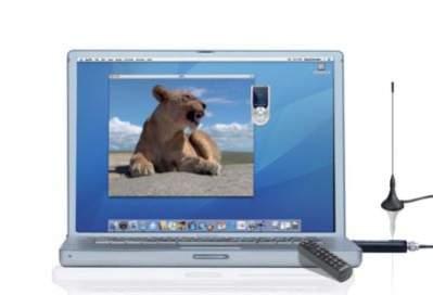 Pinnacle TV for Mac Hybrid Stick podłączony do komputera