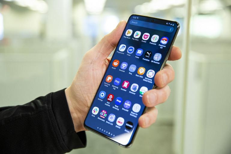 Samsung Galaxy S20 Ultra Źródło: pcworld.com