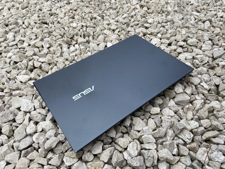 Klapa matrycy ASUS ZenBook UX425JA