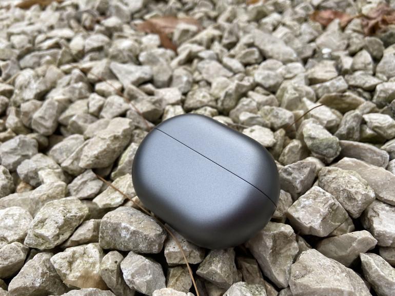 Słuchawki Huawei FreeBuds Pro - widok od frontu