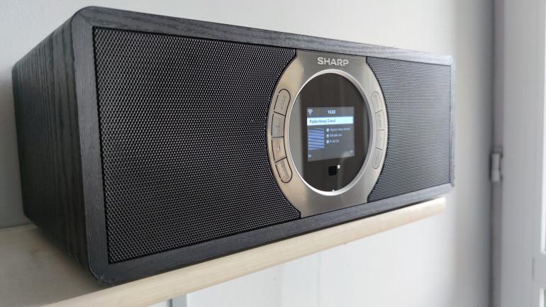 Radioodbiornik internetowy Sharp DR-I470 - czy ktoś jeszcze go potrzebuje?