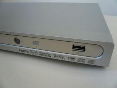 Port USB Fergusona pozwala na odtwarzanie muzyki, filmów i wyświetlanie zdjęć
