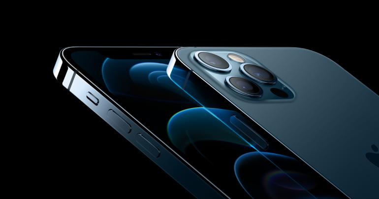 iPhone 12 Pro z wyświetlaczem Super Retina XDR