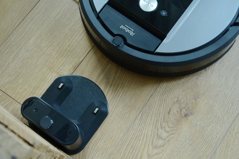 iRobot Roomba 975