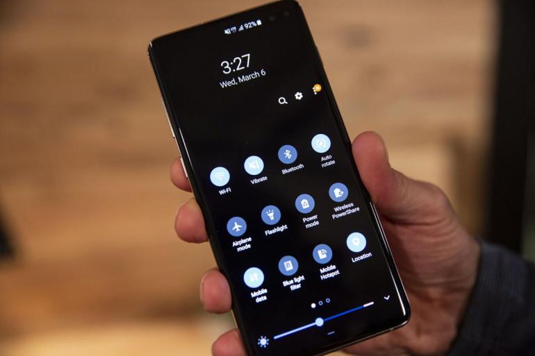 Samsung Galaxy S10+ Źródło: PCWorld.com