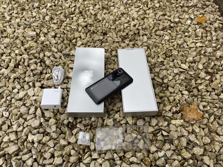 Zestaw sprzedażowy Xiaomi Mi 10 Ultra