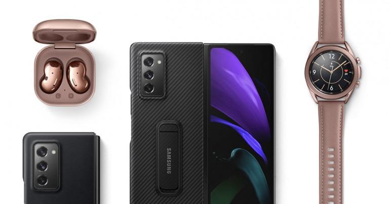 Samsung Galaxy Z Fold 2 z akcesoriami