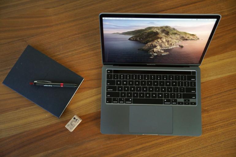 MacBook Pro 13 2020 z procesorem Intel Źródło: macworld.com