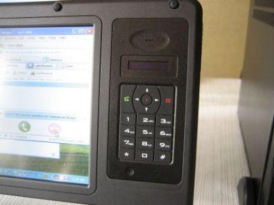 GPS, telefon VOPI lub tuner telewizyjny - w modelu NanoBook VIA użytkownik może sam decydować o instalacji określonego modułu