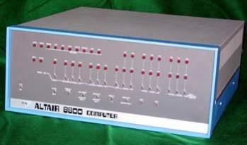 Altair 8800 (fot. Vintage-Computer.com)