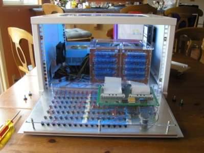 Wnętrze komputera Magic-1 (źródło: Homebrewcpu.com)
