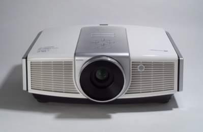 BenQ W20000