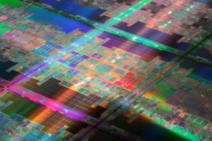 Tukwila - nowy procesor serwerowy Intela serii Itanium